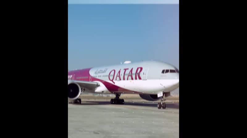 Boeing 777 300 Qatar Airways в ливрее ЧМ 2022