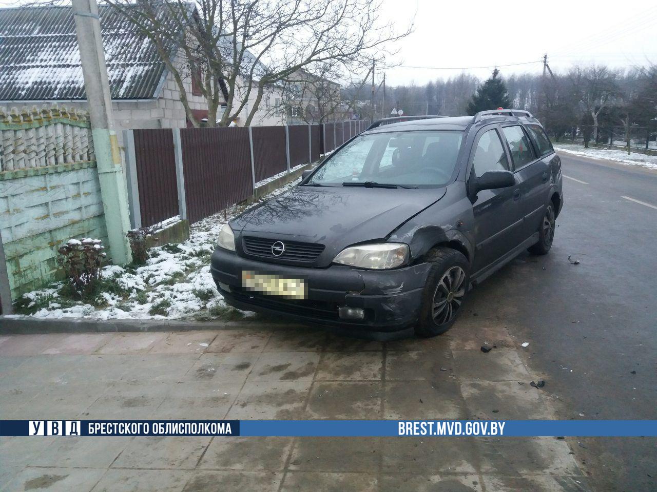 В Березе произошло ДТП с участием служебного автомобиля ГАИ