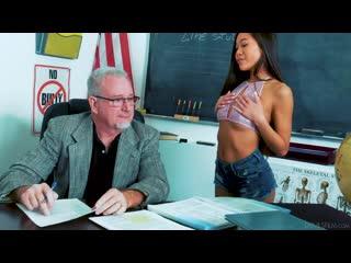 Vina Sky - Sucking At School [All Sex, Hardcore, Blowjob, OldYoung]