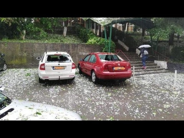 Градовый шторм в городе Бая Маре Румыния Hail storm in Baia Mare Romania