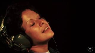 Águas De Março - Waters Of March - Tom Jobim & Elis Regina - 1974