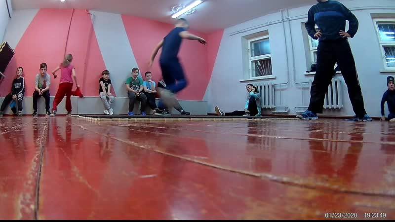 детишки в развитии брейкинг город Ливны smails breiking crew дальше больше