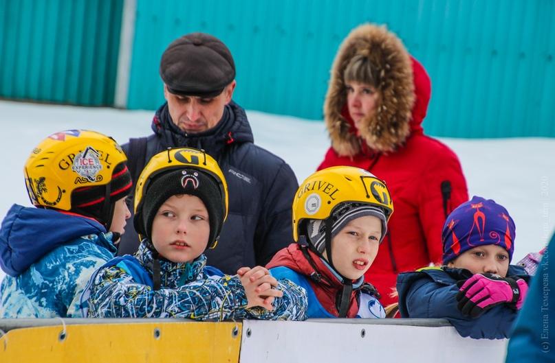 Главные отечественные ледолазные старты сезона финишировали в городе Кирове в минувшие выходные – чемпионат и первенство России по альпинизму. Всем было что доказывать и что терять…, изображение №29