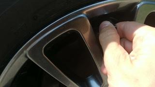 Металлические колпачки клапанов колёсных шин