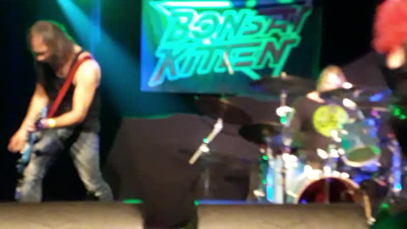 Bonsai Kitten - Poison (Alice Cooper cover). Toy Dolls warm up