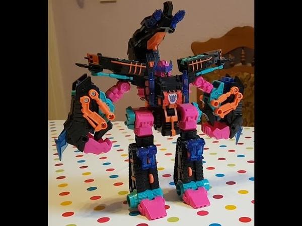 Transformers Timelines BotCon 2010 Double Punch Review Deusch German