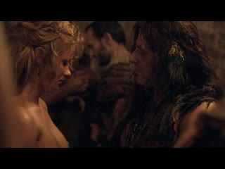 Jenna Lind, Ellen Hollman - Spartacus (2013)