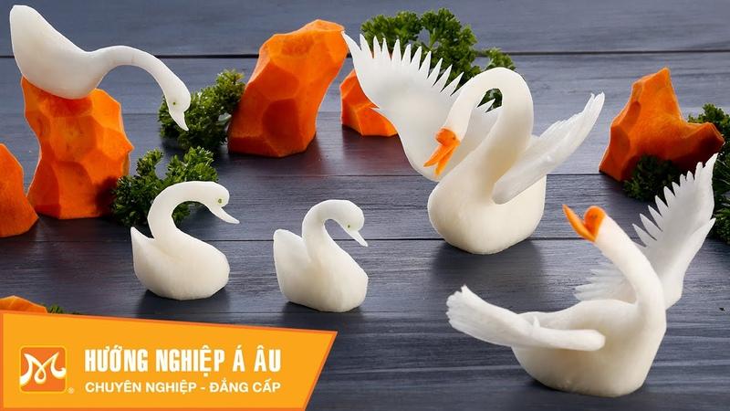 2 cách tỉa con thiên nga bằng củ cải đẹp đơn giản Học cắt tỉa rau củ quả