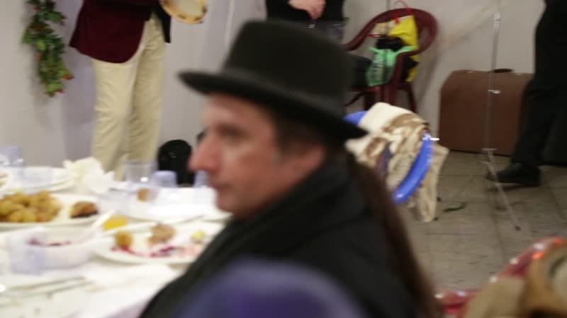 Еврейский ансамбль ХАЛОМ Мирона Чёрного в Сукке у Большой Хоральной синагоги, 17 октября 2019. Москва.