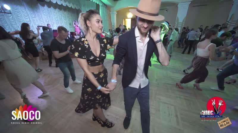 Артем Левин и Кристина Больбат танцуют сальсу на 3 Front Relax 02.08.2019
