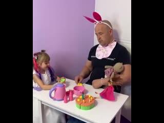 Учaсть всeх пап девочек.