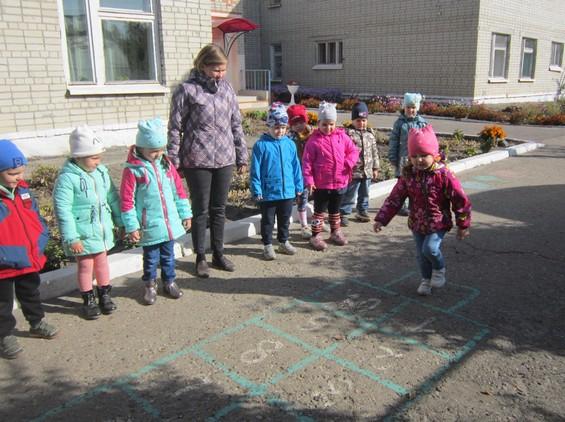 Дошколята из Петровска изучают традиции и обычаи разных народов