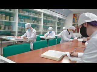 Чтобы лучшие медики выбирали Ямал — чем наш округ привлекает специалистов здравоохранения