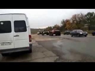 Колонна русских БТР в Крыму выдвигается к Украине