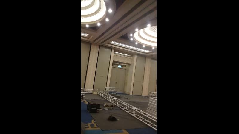 Выгрузка 1-й фуры с оборудованием, и сценой и т.д.🚚 Выгрузка 1-го КАМАЗа стульев 140шт. Из г.Нижний Новгород,🚚  Всё это оборудов