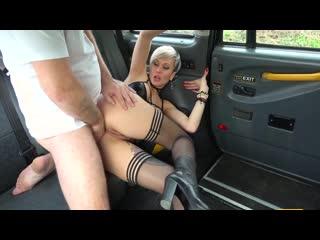 [18+InPorno] Tanya Virago - Анальная поездка в такси