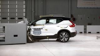 2021 Volvo XC40 Recharge driver-side small overlap IIHS crash test