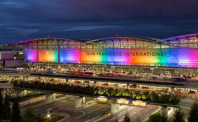 Невероятные аэропорты, в которые точно захочется вернуться, изображение №20