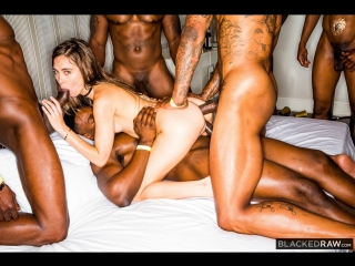 Riley Reid (Girlfriend Gangbang At The After Party) anal sex porno