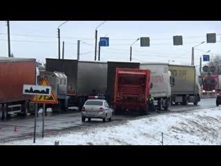 ДТП и затор на М-7 около города Вязники, 300 километр.