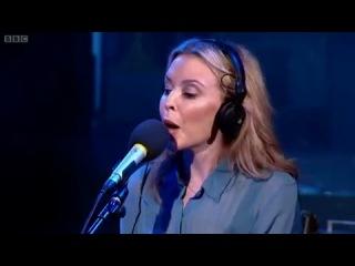 Kylie Minogue | Wonderful Life (BBC - Radio 1 - Live Lounge)