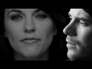Revolverheld feat. Marta Jandova - Halt Dich an mir fest