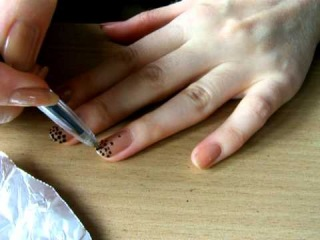 how to spot a manicure