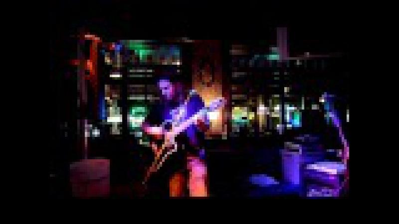 Shaun Morgan of Seether - Nothingman (Pearl Jam Cover)