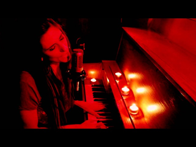 Aruna - Reason To Believe (Red Room Sessions Official Video)
