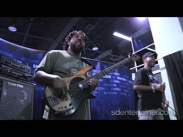 Victor Wooten AMAZING Yesterday Cover Jam @ NAMM2011