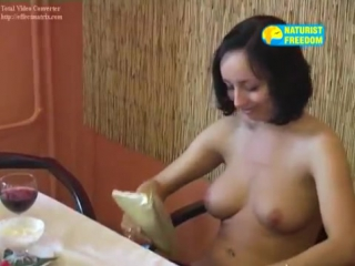 Naturist freedom boarding house (american lady).avi