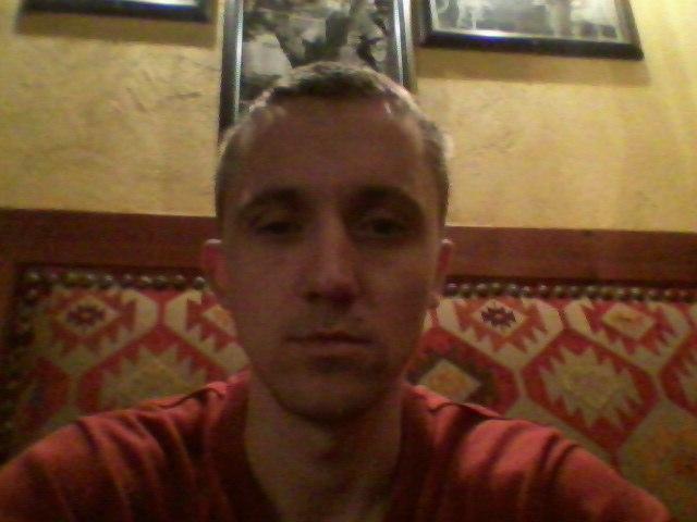 Andrey, 37, Segezha