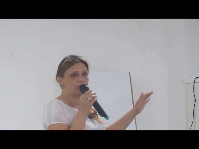 УКРАЇНА ! Людина-громадянин, а не фізична особа (Рімма Білоцерківська в м.Нетішин на конференції по розбудові територіальних громад.)
