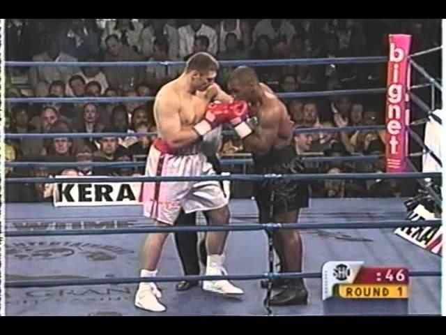 Бегство с ринга! Майк Тайсон Анджей Голота 20.10.2000