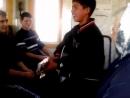 Цыган играет на гитаре и поет в электричке (Львов-Ровно) Трогательно.
