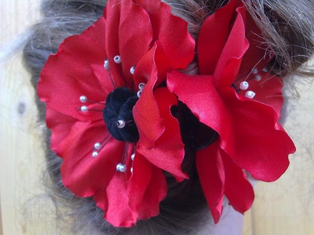 Мак из атласных лент Poppy satin ribbon