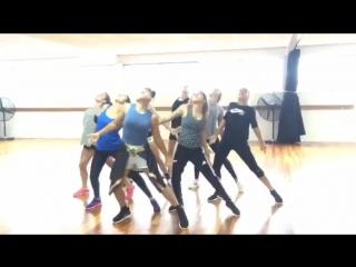 Sorority dance crew 2015 tropkillaz vs ape drums wine yuh back (pieced together)