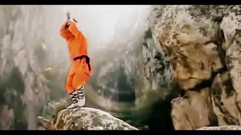 Шаолинь_ женский монастырь и тренировки монахов. Документальный фильм