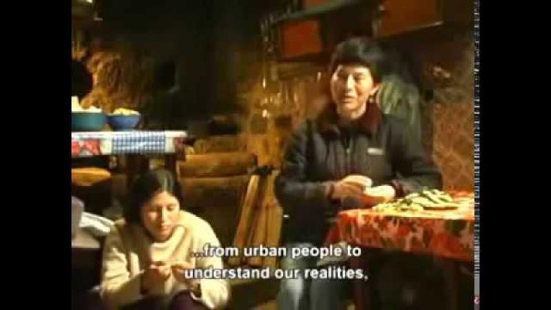 Quechua Education in the Runasimi Language of Perú