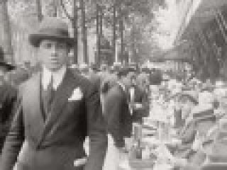 Paris in 1920 -  Je vous recommande cette vidéo d'une qualité exceptionnelle de Paris en 1920