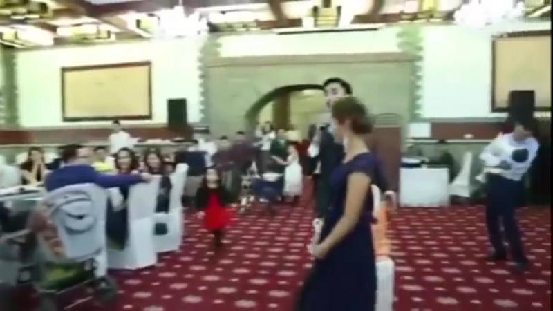 Мәәә мына ТАМАДА АЙЫРАДЫ ЕКЕН Дәке Хадж 87072260392