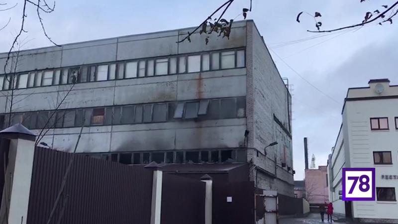 После пожара на складах на Матисовом острове