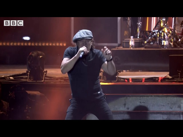 MUSE Brian Johnson of ACDC - Back In Black [Reading Festival 2017]