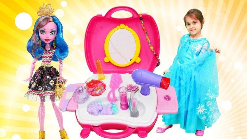 Monster High Gooliope parti makyajı Maşa'nın oyuncakları