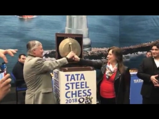 #TataSteelChess Anatoly Karpov and JuditPolgar!