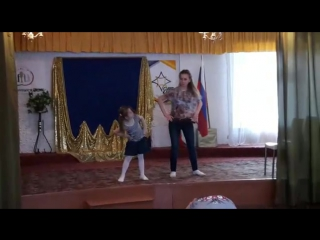 Тюлькина Виктория и Носкова Ангелина. .