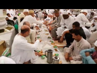 Time for 7th Iftar in Masjid Al-Nabawi, Ramadan 1438