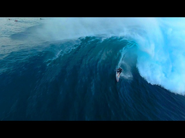 El Niño Bombs and Midnight Waves - 2016 Was An Epic Year For Surfing