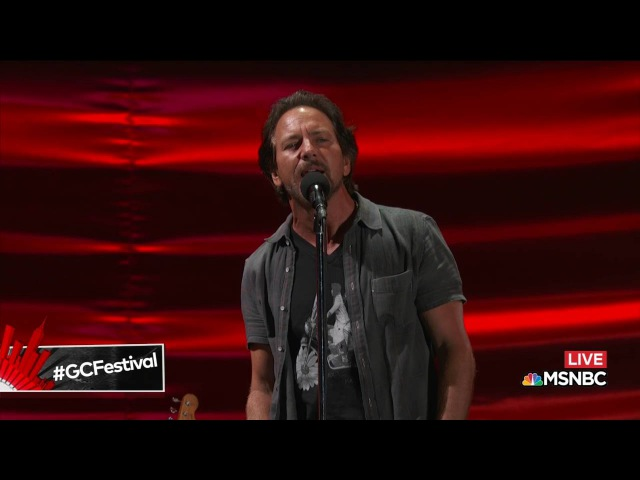 Chris Martin Eddie Vedder Nothingman   Live at Global Citizen Festival 2016