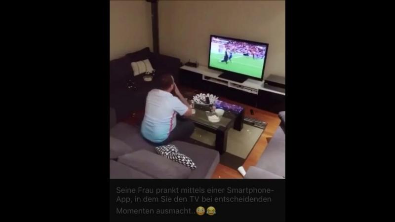 Die nächste Fußball WM kommt bestimmt ... da sollte sich die Lady des jeweiligen Hauses vielleicht schon mal vorbereiten ;P